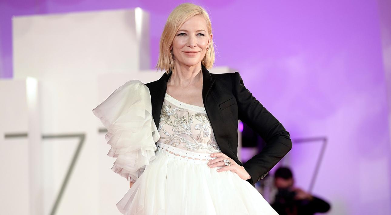 Кейт Бланшетт на Кинофестивале в Венеции: брючные образы и «старое» платье