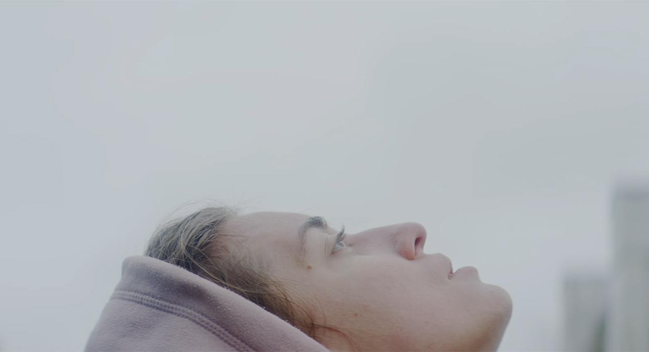 Адаптации Кокто, современные кочевники и ужасы цифровой эпохи: пять главных премьер венецианского кинофестиваля