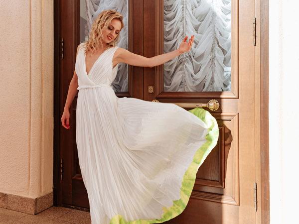 Фотоувеличение: Янина Студилина — в платье Vika Gazinskaya на «Кинотавре-2020»