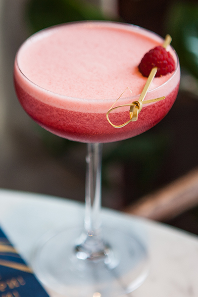 Pinch: коктейль «Онегин», посвященный героине «Твин Пикс» Лоре Палмер