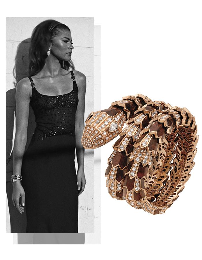 Зендая в винтажном платье Versace и украшениях Bvlgari на вручении премии Green Carpet Awards