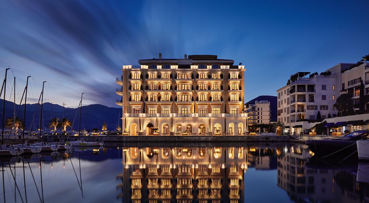 Отель Regent Porto Montenegro