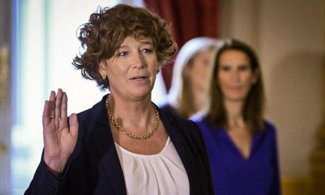 В Бельгии вице-премьером стала женщина-трансгендер
