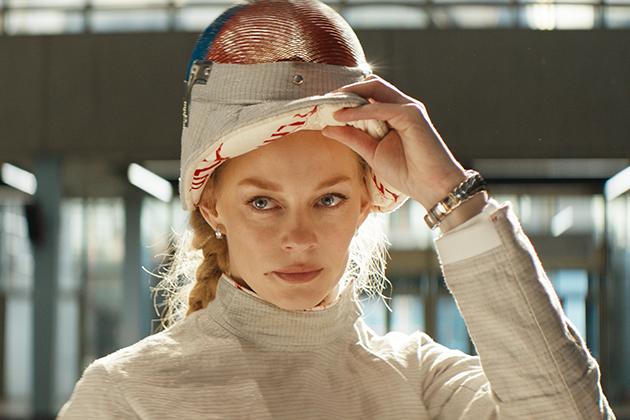 Светлана Ходченкова в украшениях Bvlgari на премьере картины «На острие»