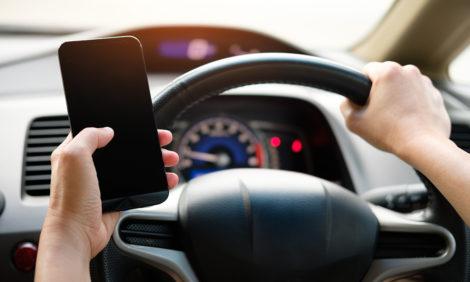 В Москве камеры будут фиксировать телефон в руках водителя и непристегнутый ремень
