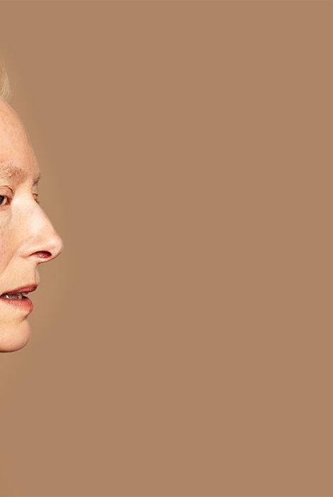 «В отсутствии сомнения есть что-то безумное»: Тильде Суинтон — 60 лет