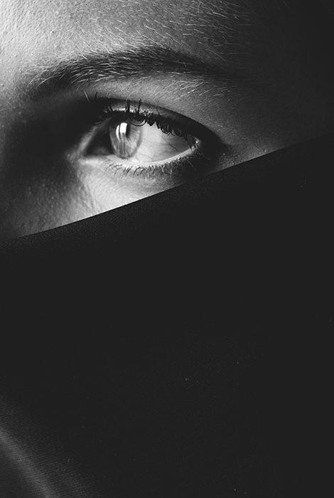В Эмиратах ужесточили наказание за убийства женщин и декриминализировали самоубийства