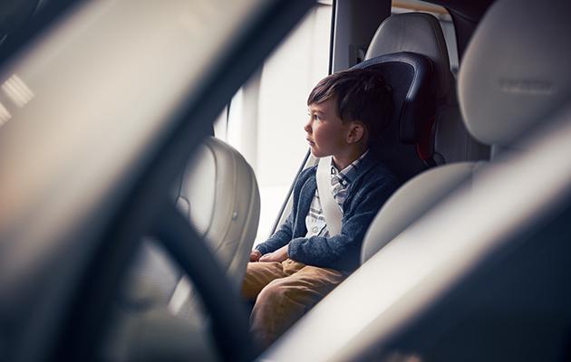 Posta Kids Club: проверяем знания правил безопасного поведения на дороге с детьми