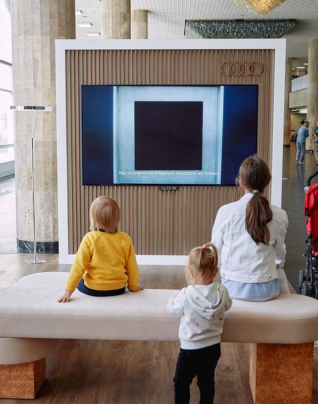 Хорошие новости: Третьяковская галерея совершенствует работу музея с глухими и слабослышащими посетителями