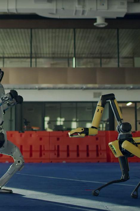 Видео дня: роботы Boston Dynamics танцуют под песню Do You Love Me