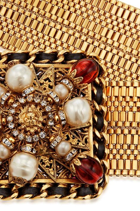 Часы & Караты: украшения Карла Лагерфельда для Chanel продадут на аукционе Christie's