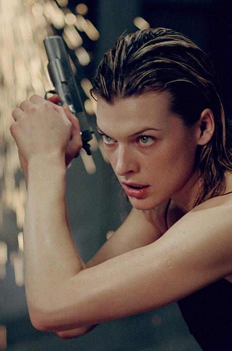 Что смотреть в выходные: лучшие картины с Миллой Йовович в честь дня рождения актрисы