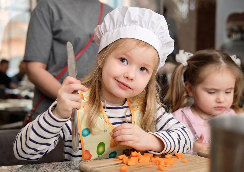 Uhvat: детские мастер-классы весь январь