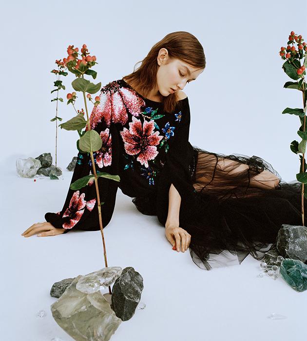 #PostaStyleNotes: сарафаны, рубахи и вышивка — коллекция Yanina Couture весна-лето 2021