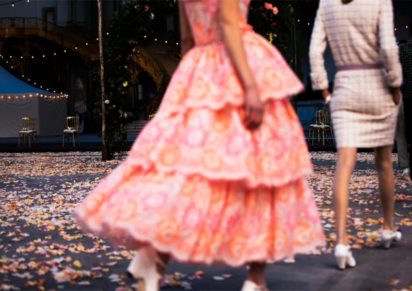 В Париже показали кутюрную колекцию Chanel весна-лето 2021
