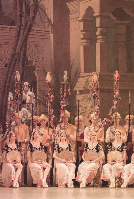 Культурная афиша с Владой Литвиновой: главные концерты и театральные премьеры февраля