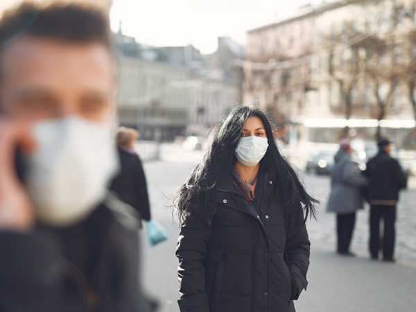 Город: в Москве смягчают коронавирусные ограничения