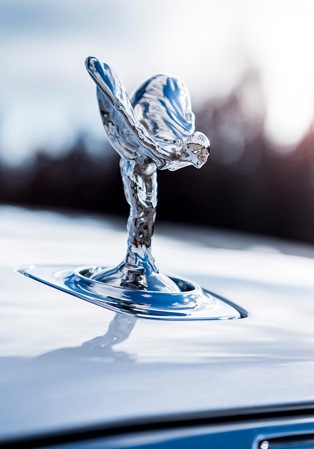 Легендарный маскот Rolls-Royce «Дух экстаза» отмечает 110-летие