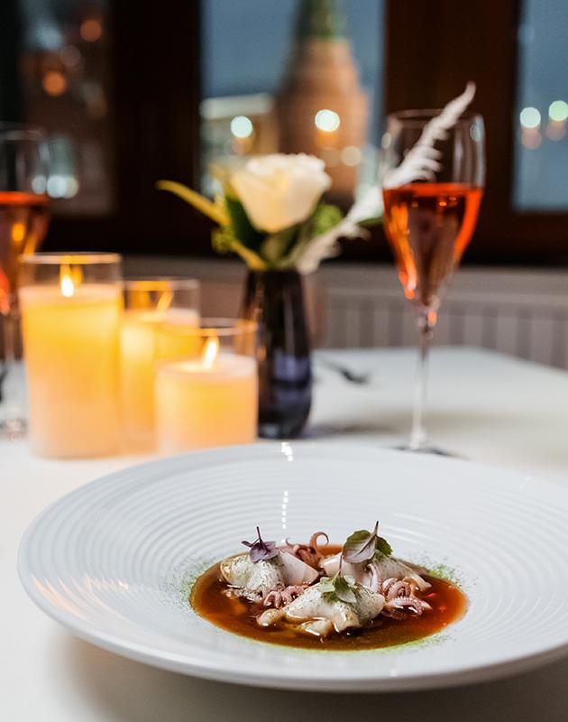 День святого Валентина в Four Seasons Hotel Moscow: розы, спа и авторский ужин