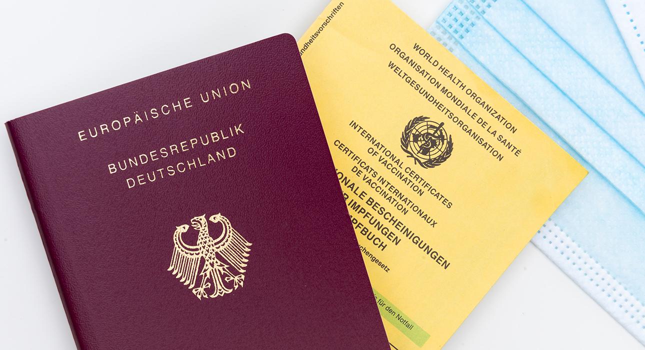 Евросоюз одобрил введение паспортов вакцинации