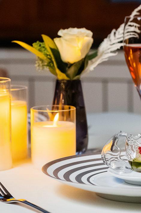 День святого Валентина в лучших отелях Москвы: шоколадные туфельки, удивительные арт-объекты и живительные спа-ритуалы
