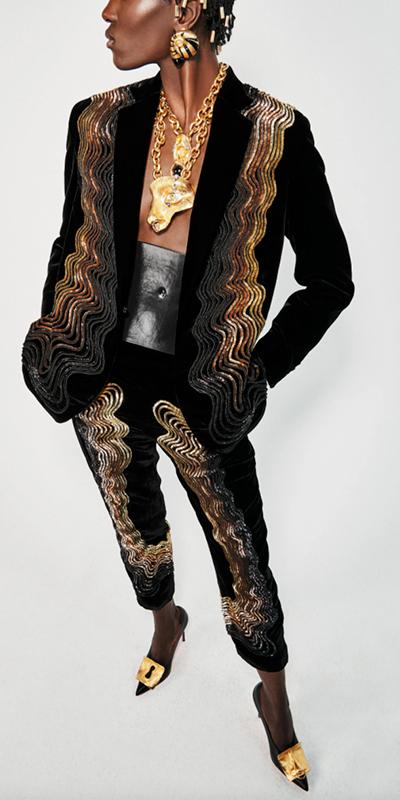 Новая коллекция Schiaparelli: уроки анатомии, много золота и запредельные платформы