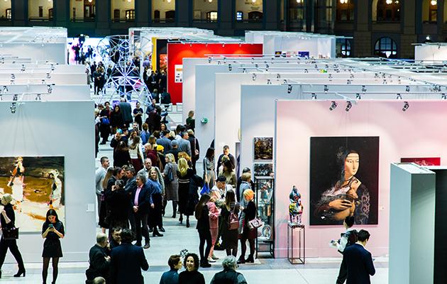 #PostaИскусство: выставка Art Russia пройдет в Гостином дворе с 1 по 4 апреля