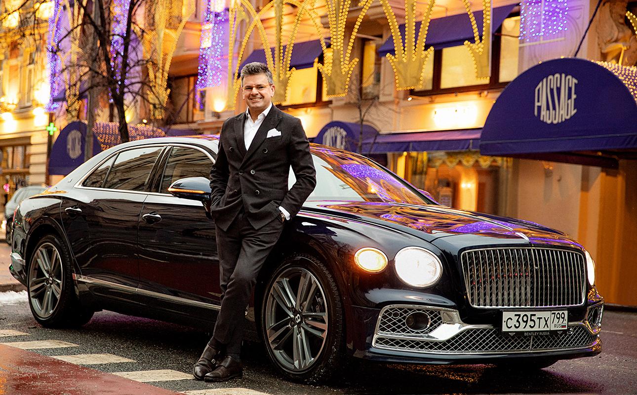 Константин Андрикопулос и Bentley Flying Spur