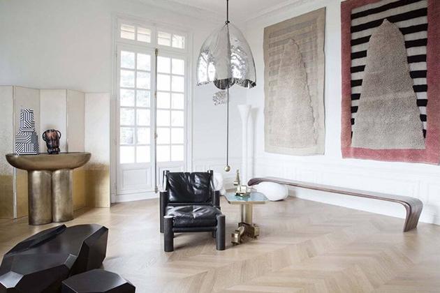 Sotheby's выставит на аукцион мебель и коллекцию искусства Карла Лагерфельда