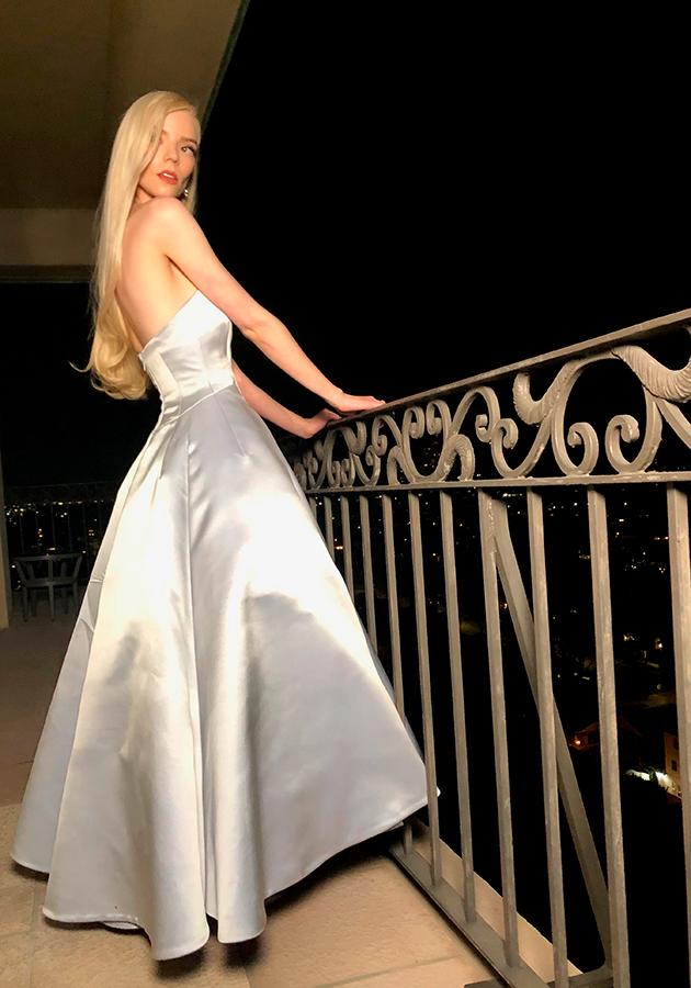 Savoir-Faire: как создавались платья Dior Haute Couture для Ани Тейлор Джой к церемонии «Золотого глобуса»