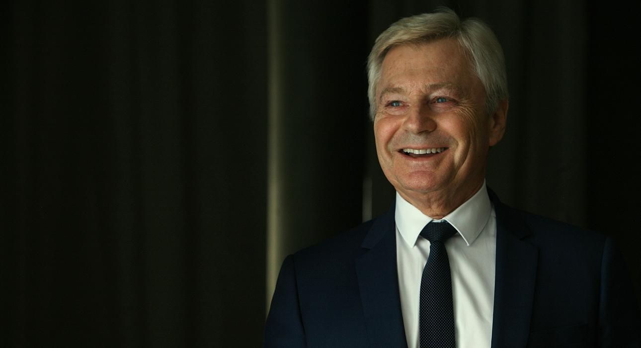 Научный директор лаборатории Женолье, гуру prevent-age Жак Пруст