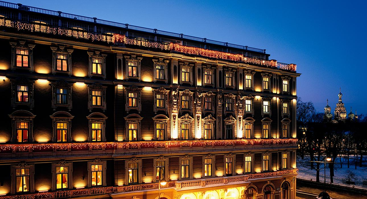 Бранч, ужин и весеннее чаепитие в Гранд Отеле Европа