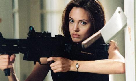 Анджелина Джоли предоставит новые доказательства против Брэда Питта — в борьбе за опеку над детьми