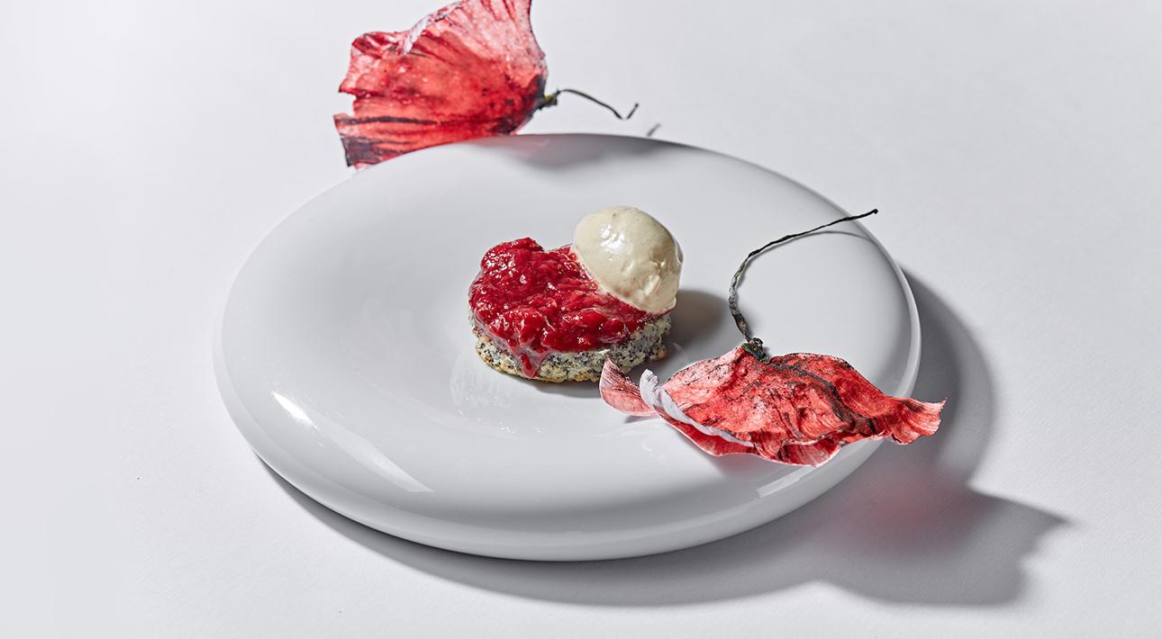 Едим не дома: трюфели на кружеве в «Кафе Пушкинъ», сало из кокоса в White Rabbit и другие блюда московских ресторанов к Великому посту