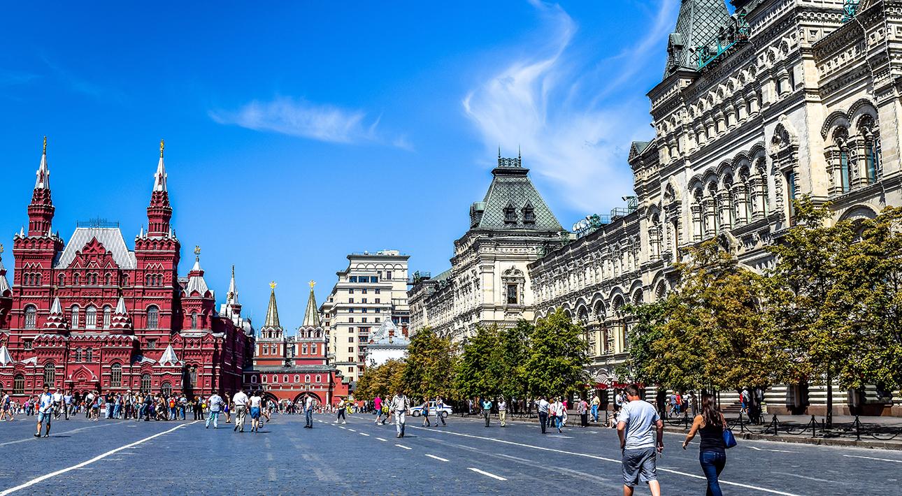 Город: ограничения на массовые мероприятия снимут в столице в конце апреля