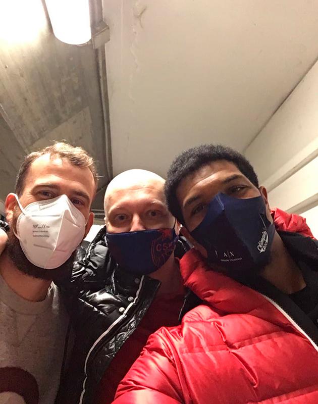 Масочный режим в Милане: с игроками местной «Олимпии», экс-армейцами Серхио Родригесом и Кайлом Хайнсом