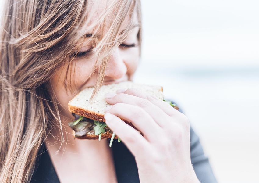Британские ученые выяснили, почему некоторые люди постоянно голодны