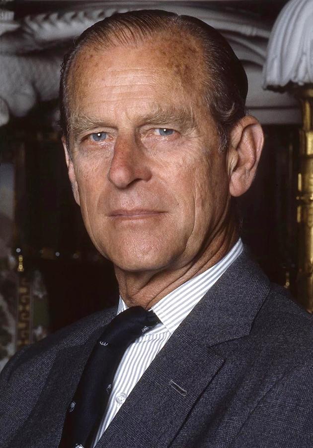 Супруг Елизаветы II Принц Филипп скончался. Ему было 99 лет.
