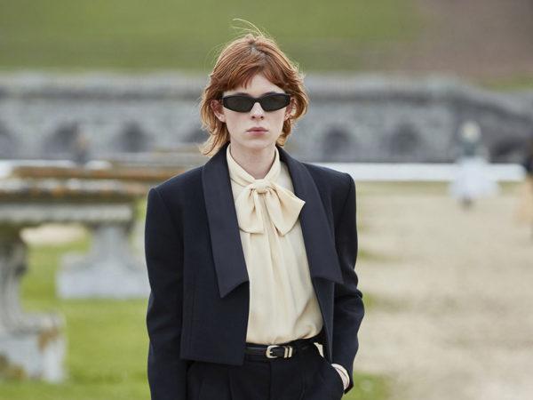 #PostaStyleNotes: ода француженкам и плач об уходящей молодости — показ коллекции Celine осень 2021