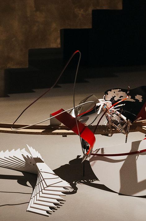 #PostaСобытие: лауреатом конкурса Ruinart Art Patronat стал молодой художник Миша Бурый