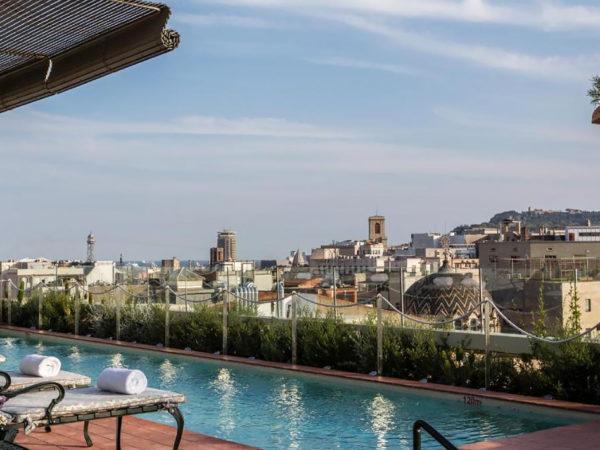 TravelБизнес: процессия мумий, мобильное приложение Airbus и обновленный отель Mandarin Oriental в Мюнхене
