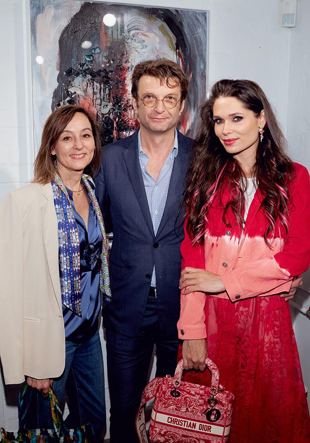 Александр Четвериков с супругой и Полина Аскери