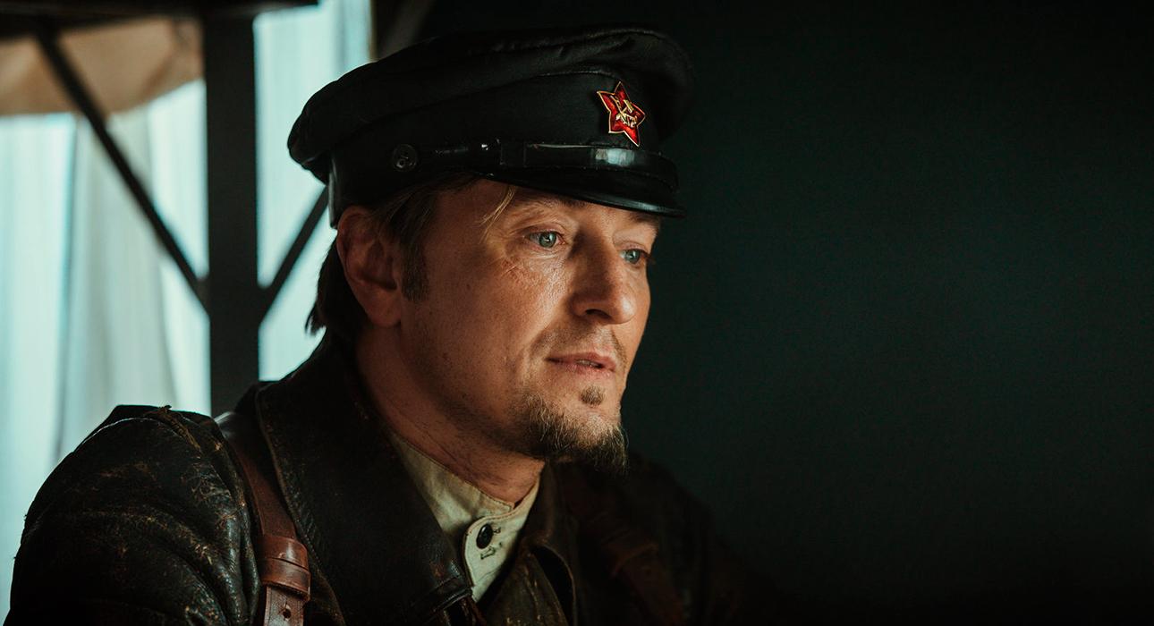 Первый трейлер фильма «Бендер: Начало» с Сергеем Безруковым в главной роли