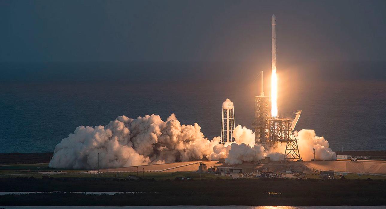 Компания Джеффа Безоса выставит билет в космос на онлайн-аукционе