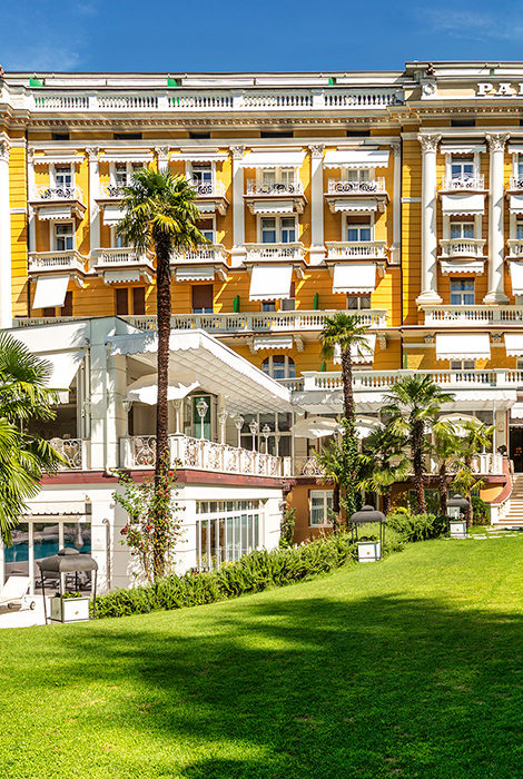 TravelБизнес: дьюти-фри в воздухе, мили за прививку от «Аэрофлота» и дизайнерский сьют для детей в Hotel Metropole, Monte-Carlo