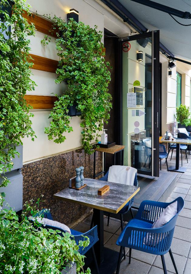 Едим не дома: новый ресторан русской кухни Touch, коктейльная машина времени в «Клаве» и обновленное меню в KOI Sushi Bar