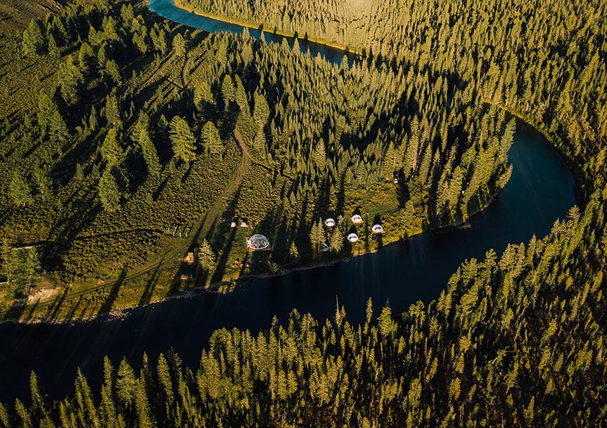 Глэмпинг Mamont Camp в подножии горного Алтая