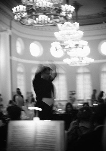 """Благотворительный бал-концерт Russian Suite и презентация новой коллекции Axenoff The hearts of the Romanoff""""s в Санкт-Петербурге"""