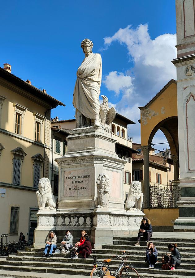 В Италии запущен туристический поезд по «землям Данте Алигьери»