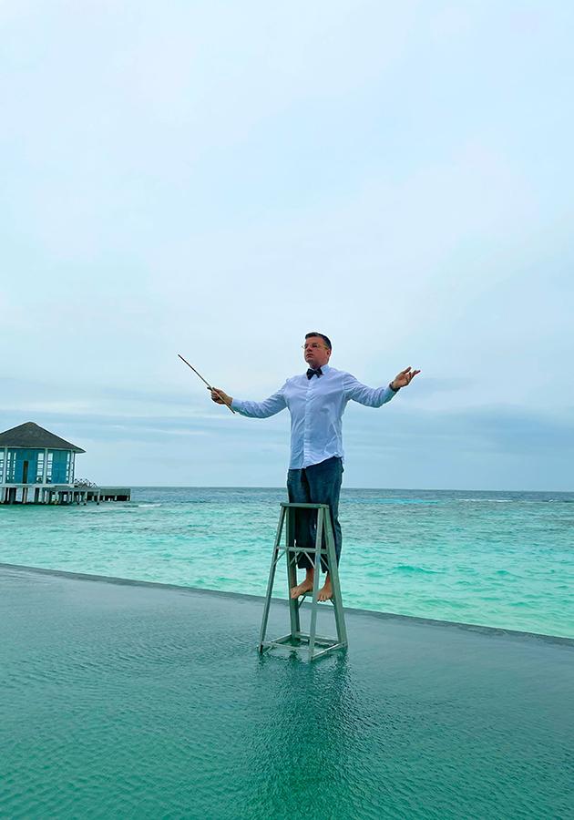 Константин Андрикопулос в Raffles Maldives Meradhoo